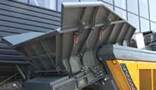 RM V550GO belt feeder and hopper